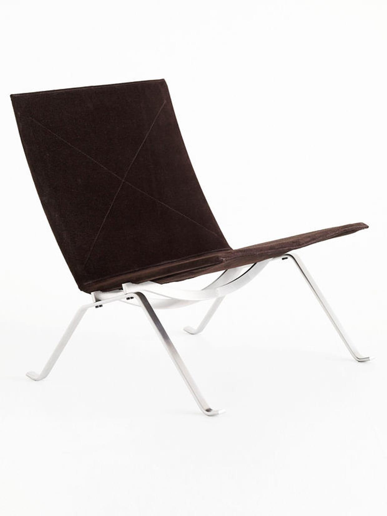 chauffeuse pk22 de fritz hansen. Black Bedroom Furniture Sets. Home Design Ideas