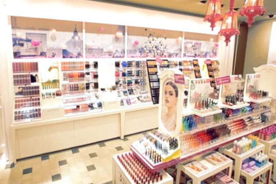 Bourjois ouvre une  boutique dans l'ouest parisien