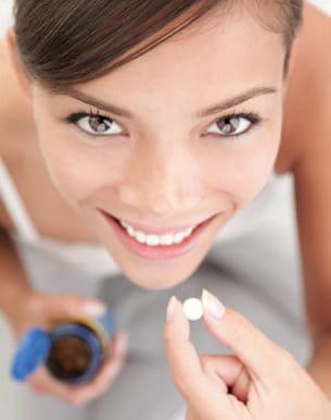 certaines femmes choisissent de prendre des vitamines en complément de leur