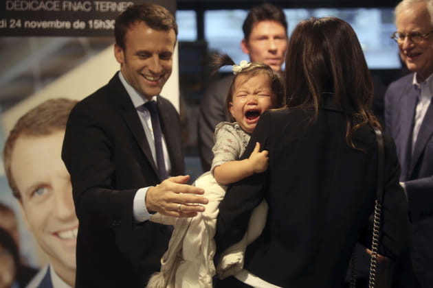 Emmanuel Macron a démontré son savoir-faire avec les enfants
