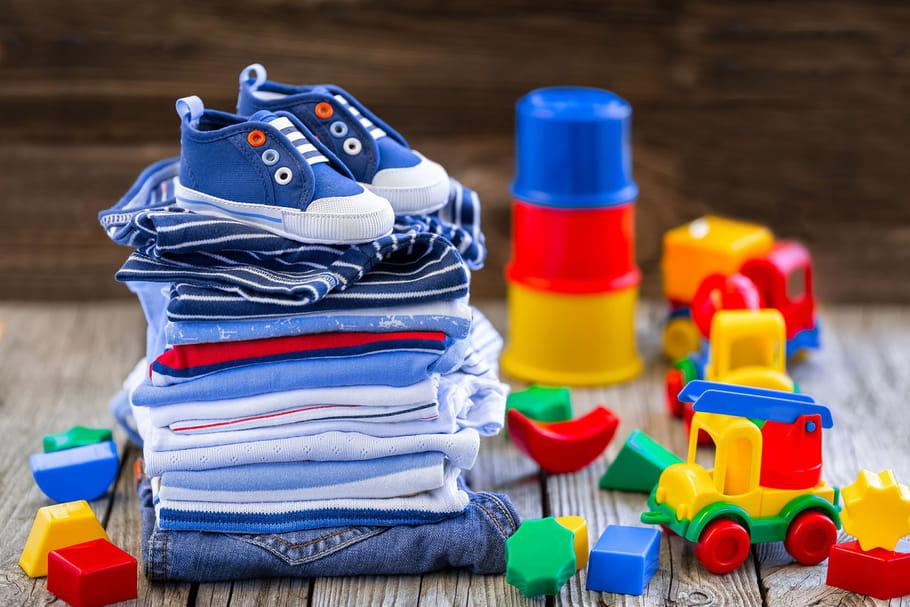 Où revendre les vêtements de bébé?