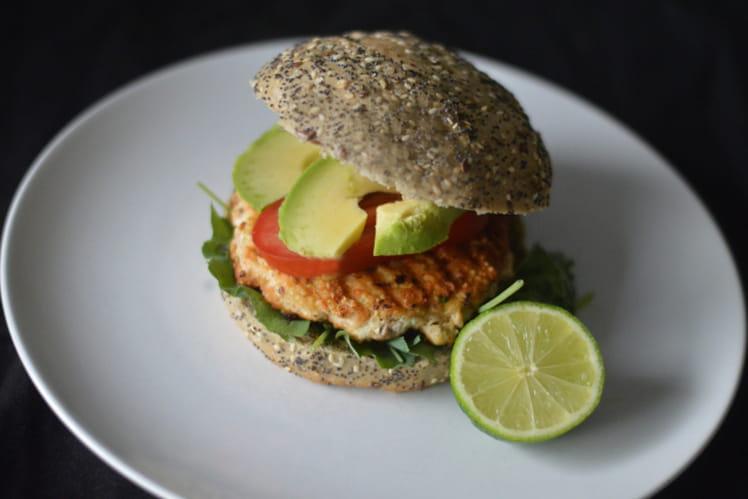 Burger Saumon, quinoa, chou kale