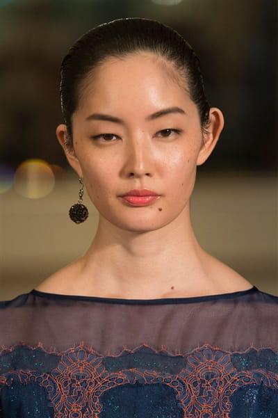 Yuna Yang (Close Up) - photo 3