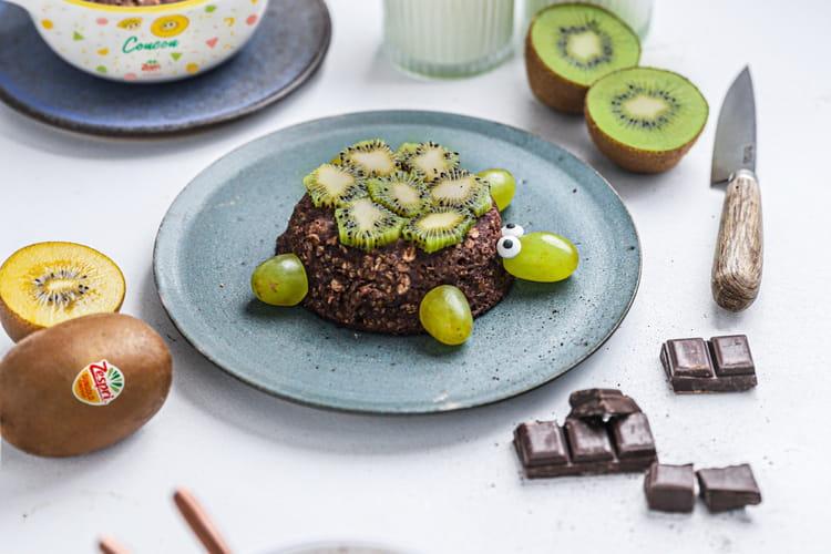 Kiwi bowl cake