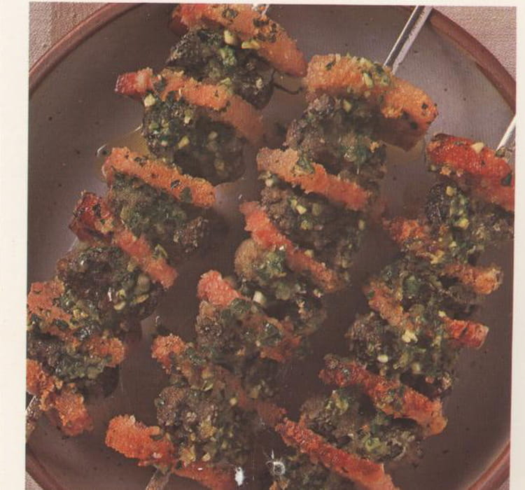 Recette escargots en brochettes la recette facile for Entree barbecue facile
