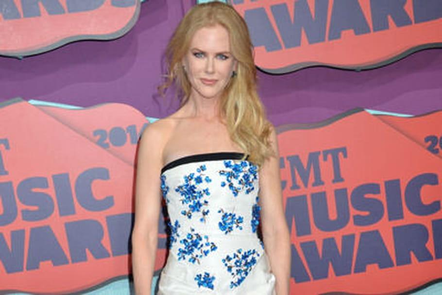 Le look people du jour: Nicole Kidman, amoureuse