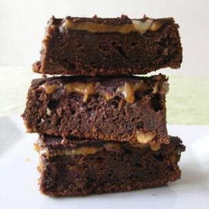 brownies aux cacahuètes et caramel façon snickers®