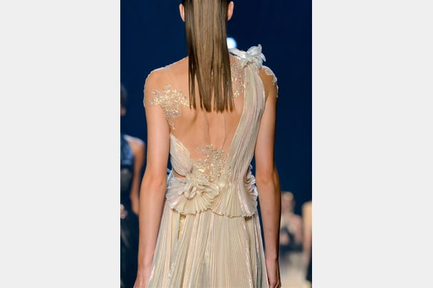 Marchesa (Close Up) - photo 30