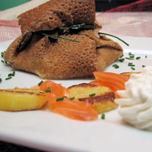 aumônière au saumon fumé et sa chantilly citronnée