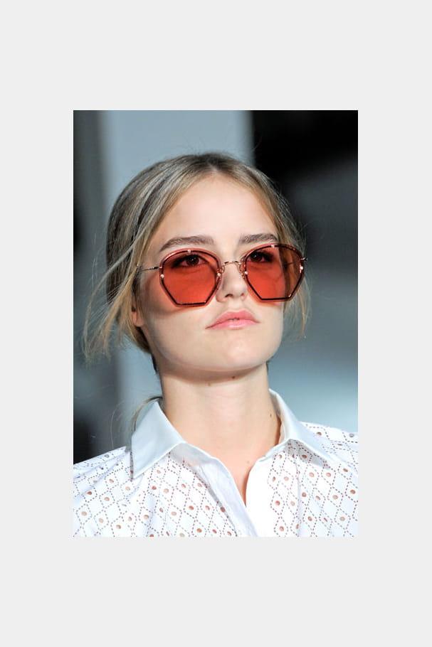 Les lunettes semi-hexagonales de Tod's