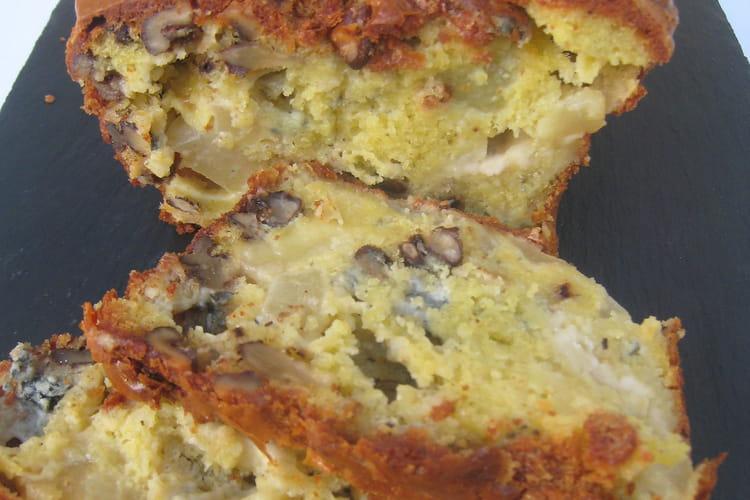 Cake pesto-olives-tomates séchées