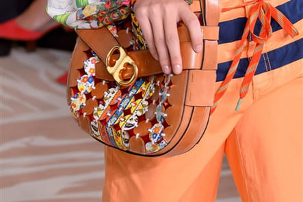 Tory Burch (Close Up) - photo 32