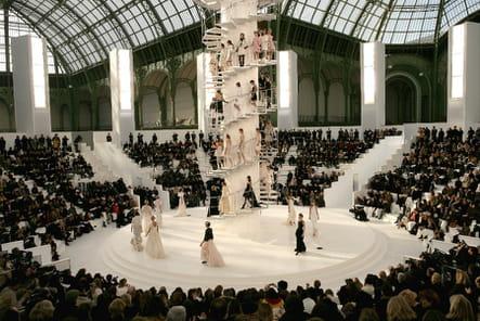 Le décor du défilé Chanel haute couture printemps-été 2006