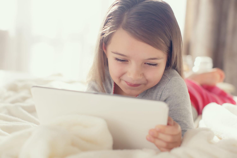 Temps d'écran selon son âge: comment poser des limites?