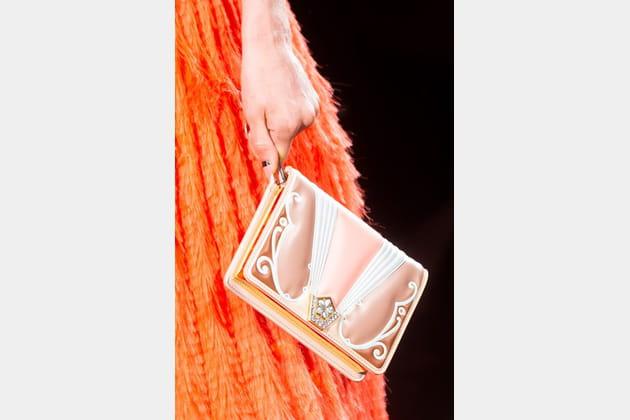 Fendi Couture (Close Up) - photo 4