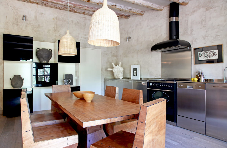 une cuisine minimaliste. Black Bedroom Furniture Sets. Home Design Ideas