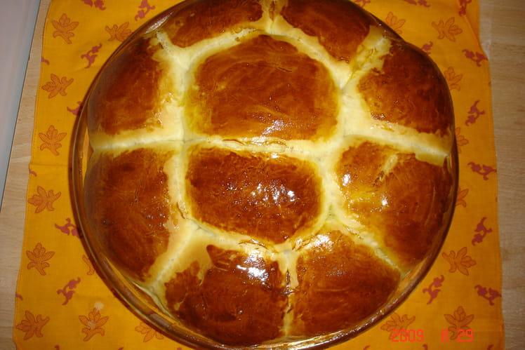 Brioche à l'eau de fleur d'oranger (en machine à pain)