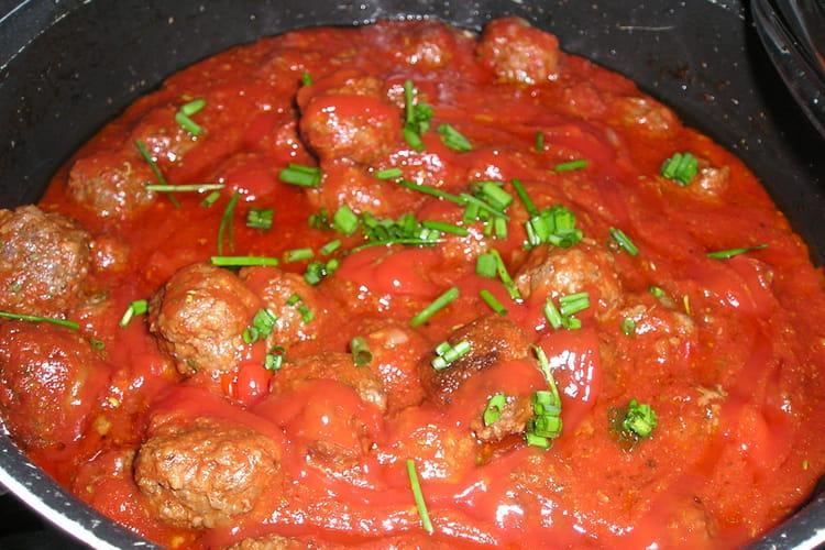 Boulettes de boeuf aux tomates