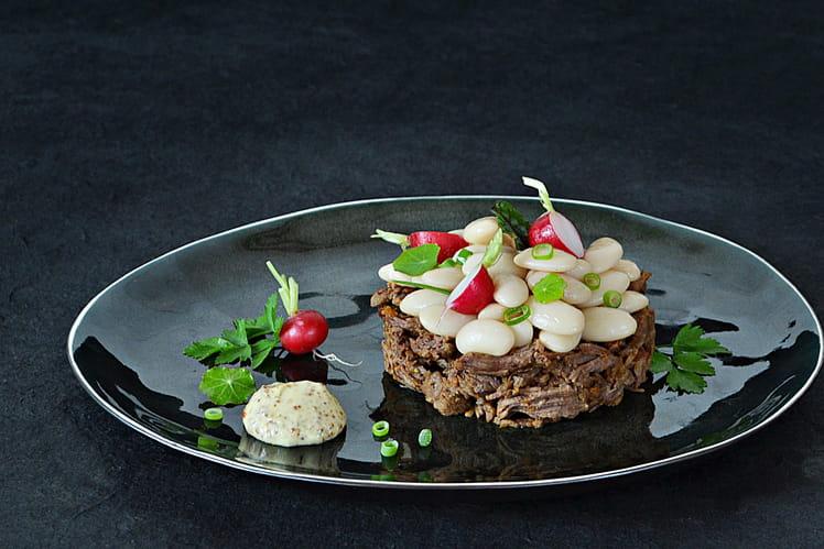 Recette de joues de b uf et salade de haricots tarbais - Cuisiner une joue de boeuf ...