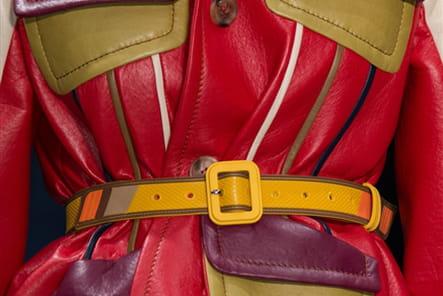 Prada (Close Up) - photo 48