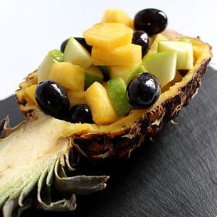 salade de fruits ananas, granny et raisin