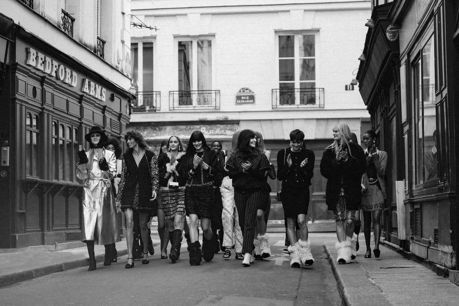 """Chanel automne-hiver 2021-2022: """"J'aime les filles de chez Castel"""""""