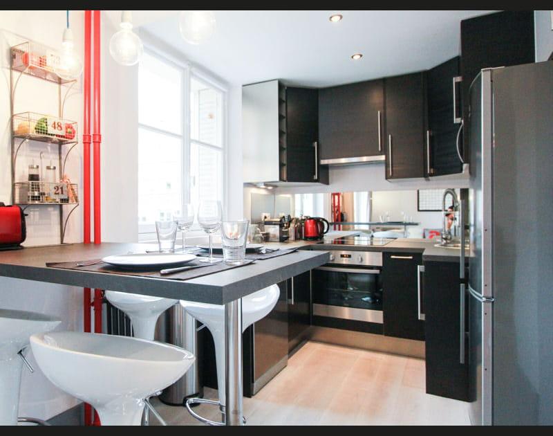 Le noir en cuisine, on adore !