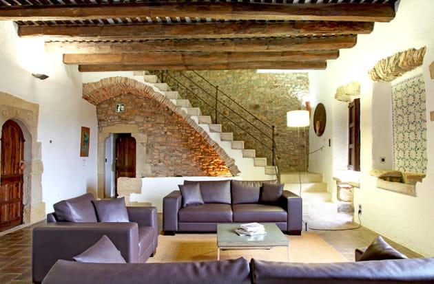 Un salon aux trois canapés