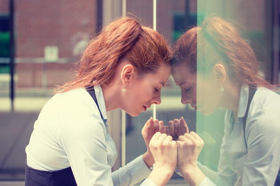 Comment le stress chronique mène au burn-out