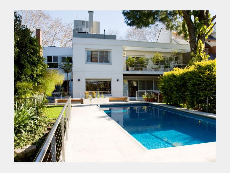 Une maison avec piscine en argentine journal des femmes - Maison de l argentine ...