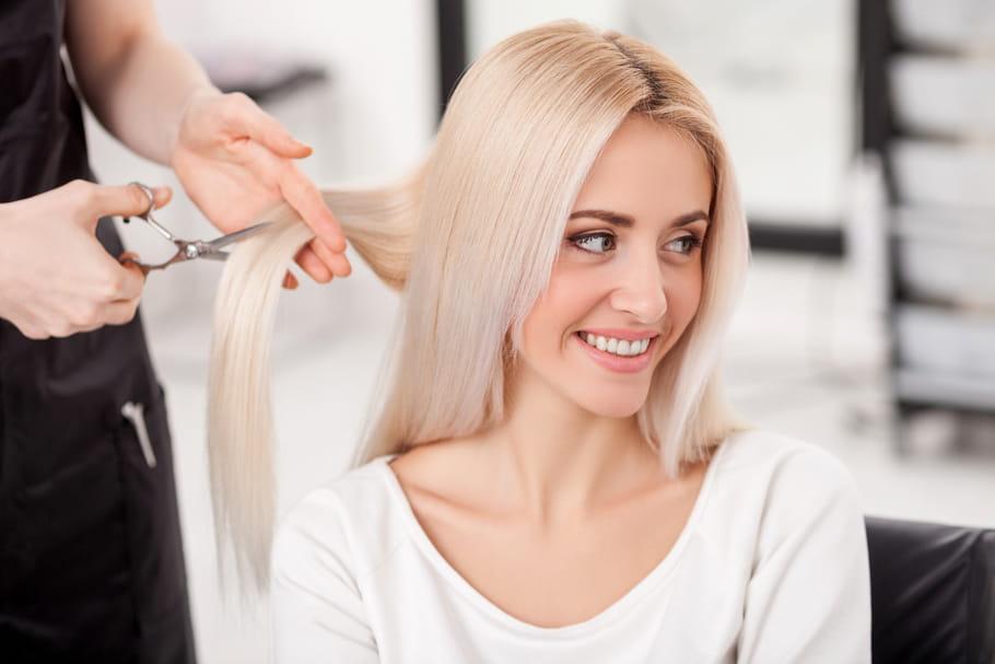 Les coiffeurs et esthéticiennes n'ont pas le droit d'exercer à domicile — Confinement