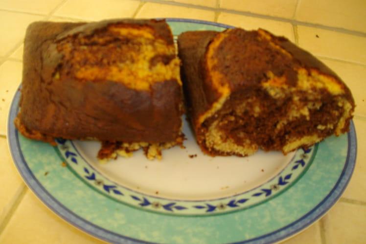 Cake marbré au chocolat et rhum