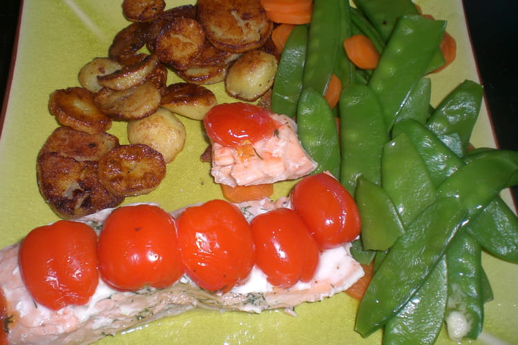 Saumon en papillotte et tomates cerises