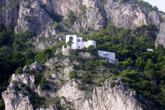 A flanc de colline for Maison sur colline