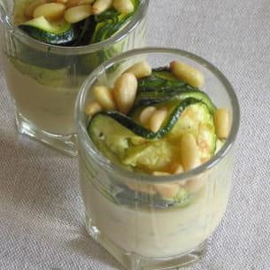 verrines de courgettes au poivre de sichuan et crème de roquefort