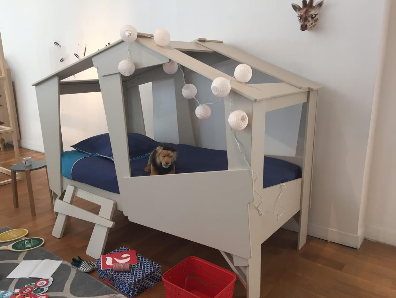 lit cabane but. Black Bedroom Furniture Sets. Home Design Ideas