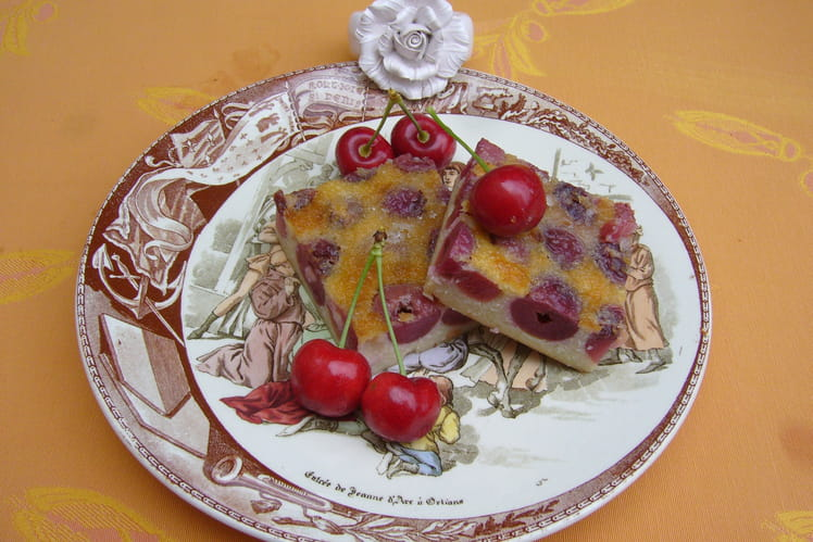 Clafoutis de cerises à la Bénédictine et aux amandes