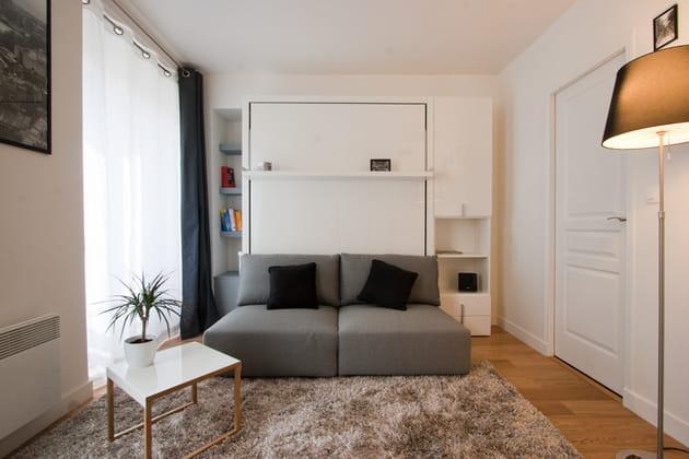 adopter du mobilier gain de place. Black Bedroom Furniture Sets. Home Design Ideas