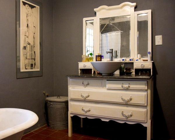 Une commode romantique - Salle de bain recup ...