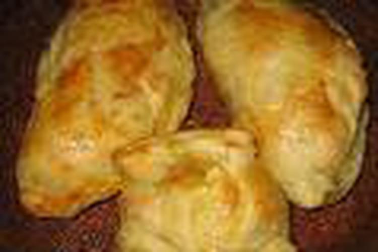 Chaussons aux pommes et au camembert