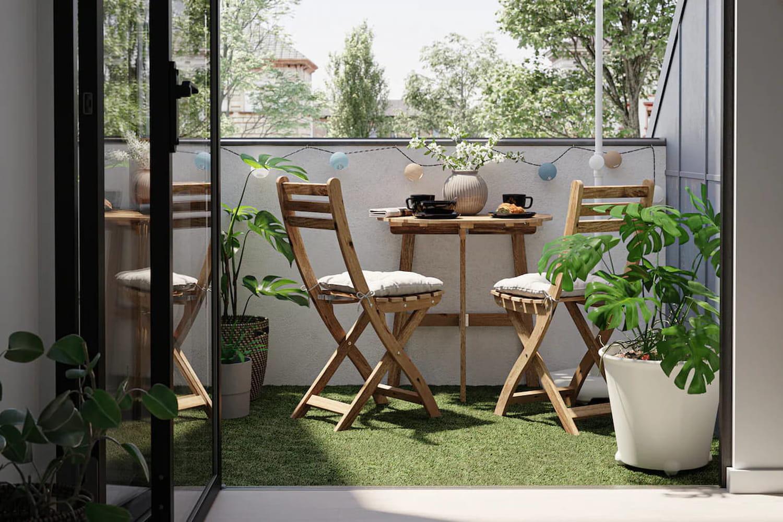 Comment aménager un petit balcon? Conseils et idées pas chers