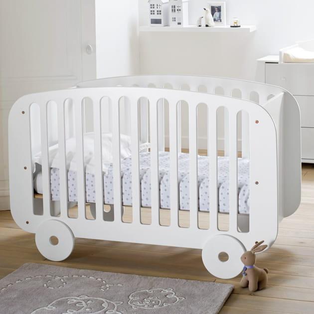 Lit bébé forme roulotte par La Redoute Interieurs