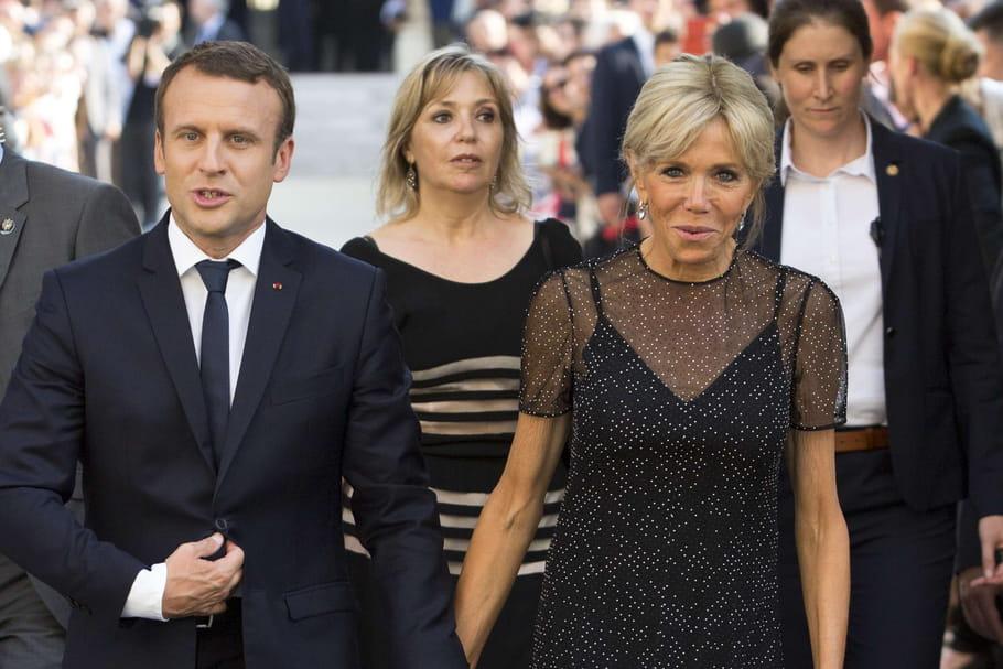 Brigitte et Emmanuel Macron, au théâtre malgré le coronavirus