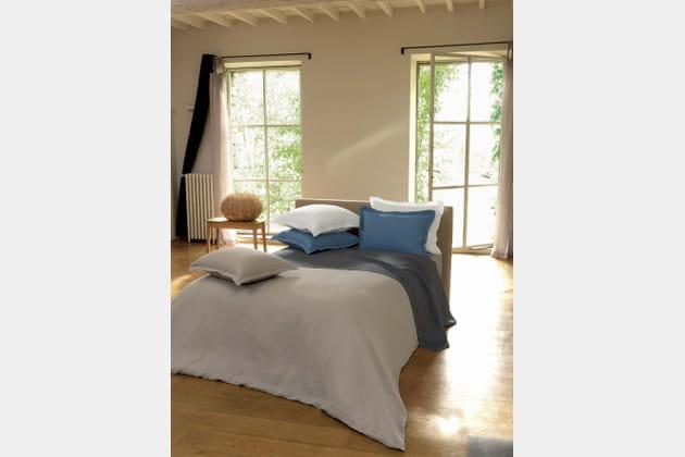 parure de lit un autre lin par linvosges. Black Bedroom Furniture Sets. Home Design Ideas