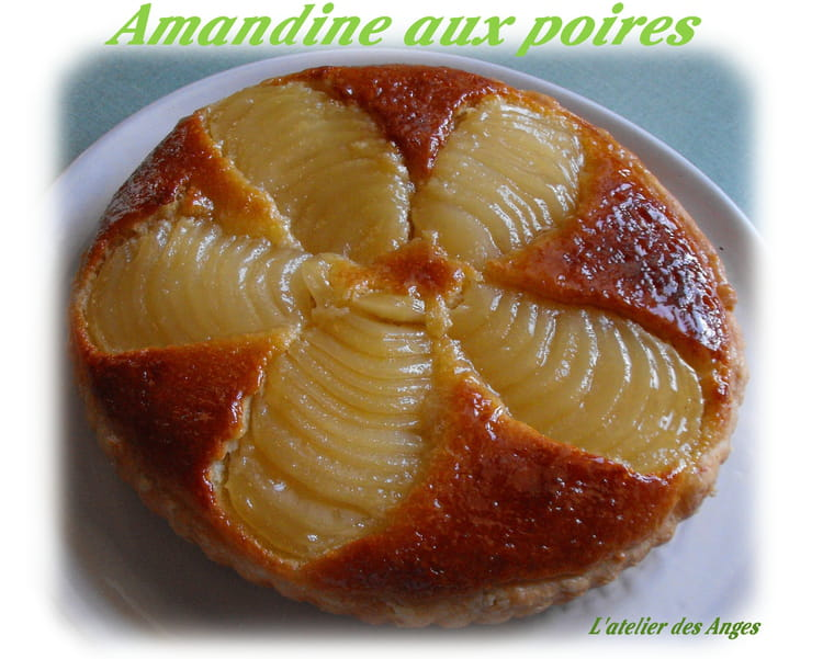 recette de tarte amandine aux poires et cr me d 39 amandes la recette facile. Black Bedroom Furniture Sets. Home Design Ideas