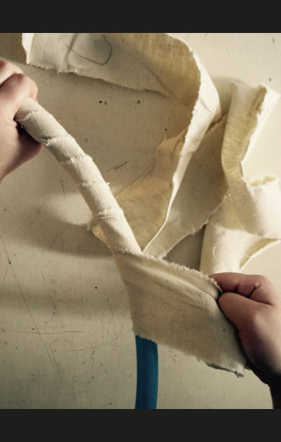 Etape 1: couper le tissu en bandes