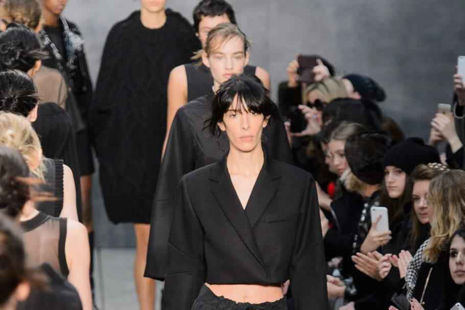 Défilé Vera Wang prêt-à-porter automne-hiver 2015-2016 : androgynie minimaliste