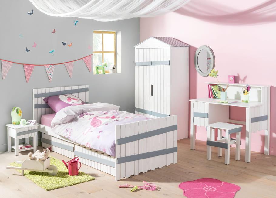 bureau amazone chez conforama chambre d 39 enfant 9 bureaux d co pour la rentr e journal des. Black Bedroom Furniture Sets. Home Design Ideas