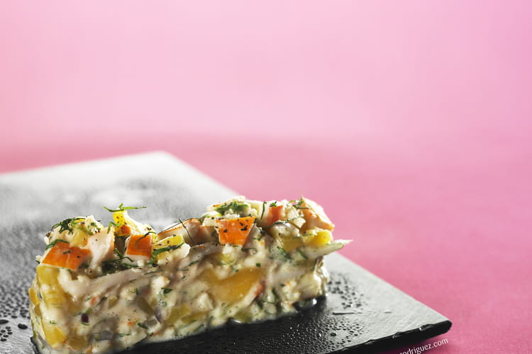 Salade de surimi, mangue et coco