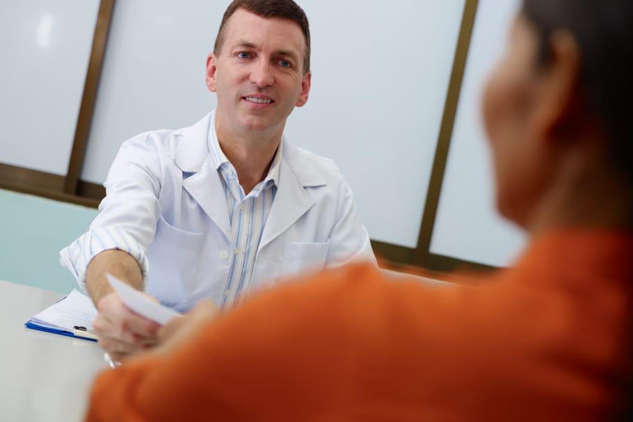 Troubles bipolaires : le diagnostic précoce réduit les complications
